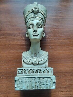 The classical statue of Egyptian Queen Nefertiti, the daughter of the gods