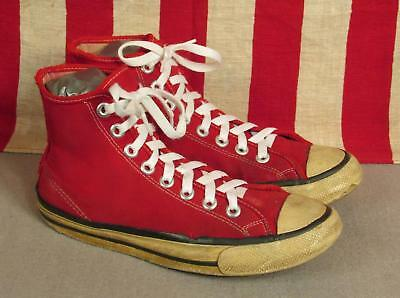 Vintage 1970s Bata Super Bullets Red Canvas Basketball Sneakers High-Top 6.5 USA