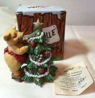 NIB Pigsville ~ MISLETOE MAGIC ~ Pig Piglet Figurine by Ganz Christmas NEW Box