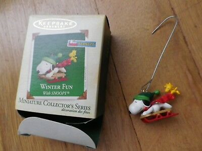 Hallmark Keepsake Miniature Ornament Winter Fun with Snoopy Series  2002,2005
