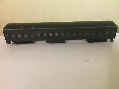 Athearn 85' Passenger Car New York Central Ho Scale Excellent In Box