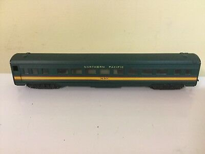 Athearn 85' Passenger Car Northern Pacific Ho Scale Excellent In Box