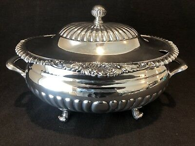 Reed & Barton Soup Tureen and Lid Shells 96 OZ 5110 Silver Plate Beautiful
