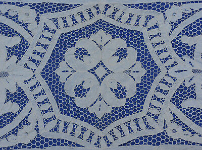Antique Vintage Italian POINT de VENISE Needle Lace Table Runner and 2 Placemats