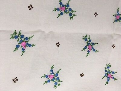 Vintage Hand Embroidery Tablecloth Flower Bouquet Linen 155x115cm Beautiful