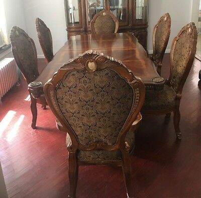 Michael Amini Cortina Formal Dining Room Set 6 Chairs By AICO *Used*