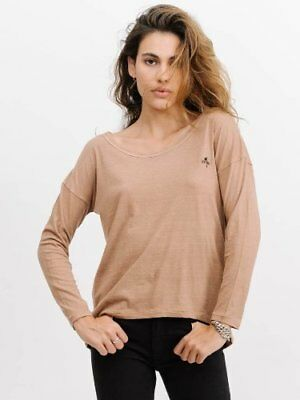 New Women's Thrills Palm Embro Longsleeve Scoop Tee Canyon