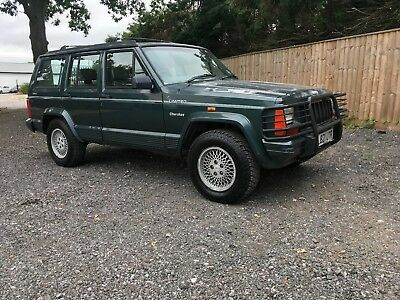Jeep Cherokee Limited Auto 1994/L Barn find very low milage Long MOT