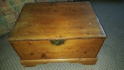 Vintage Old Wooden Pine Chest Toy Box Storage