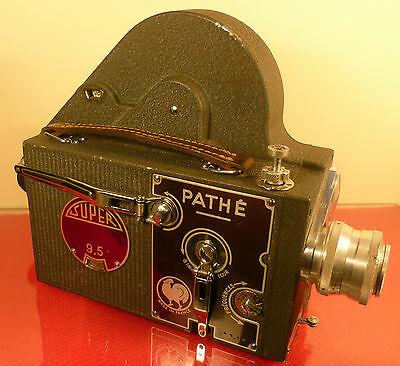 PATHE-WEBO M REFLEX SUPER 9.5mm CINE MOVIE CAMERA: with f/1.5 BERTHIOT 20mm LENS