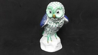 HEREND FIGURE OF AN OWL 5106  Mint Condition