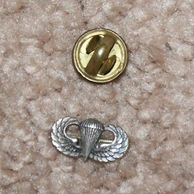 Original Wwii Us Army 101St Airborne  Division Paratroopers Tiny Jump Wing Pin