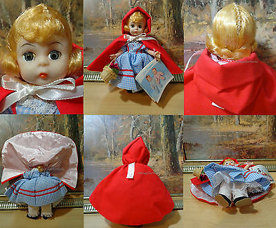 Vintage Madame Alexander Doll Red Riding Hood #482 Tagged w/ Original Booklet