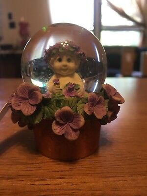 dreamsicles D4549 Snow globe Westland Giftware