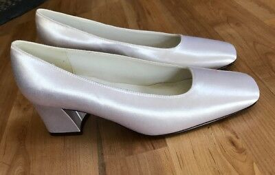 White Womens Bridal Wedding Flats Heels Pumps White Satin Size 6.5