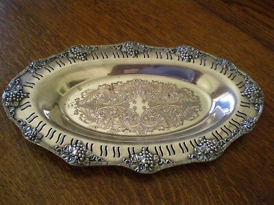 Vintage Oneida LTD Silverplate Grape Pattern Bread Tray