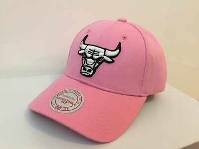 Mitchell & Ness NBA Chicago Bulls Team Embroidery Logo Men Baseball Cap Pink NEW