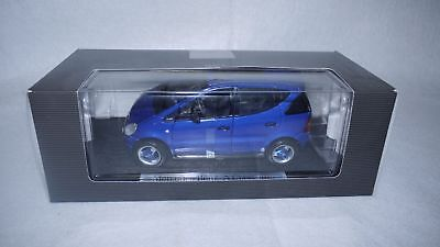 Blaue Mercedes Benz A Klasse von 1997 Modellauto 1:18 Collection