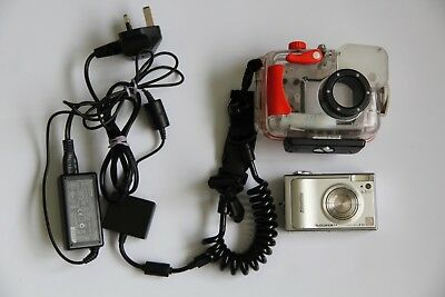 Fujifilm FinePix F10 Digital camera and Underwater Housing