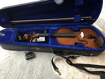 Stentor Student Violin 4/4 With Accessories