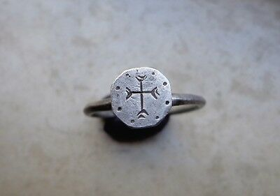 Roman Christian Silver Ring with Cross on the Bezel. Circa 5th-7th C.AD