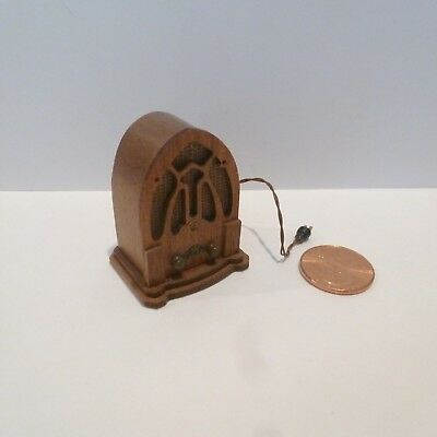 Kummerow's  Miniature Wooden Old Fashioned Style  Radio  1990