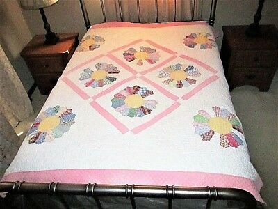 Vtg Pink Dresden Plate Variation Feed Sack Fabric Handmade Cutter Or Use Quilt
