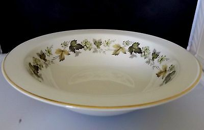 Royal Doulton Larchmont Round 10 inch Rimmed Vegetable Bowl  EUC