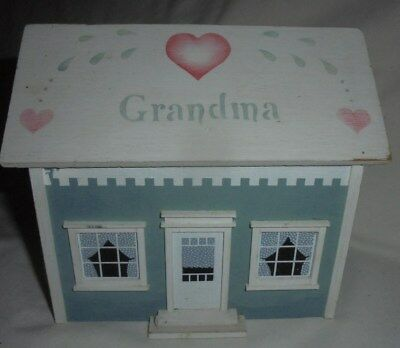 Vintage 1986 Pine Creek Collection recipe box dollhouse Grandma