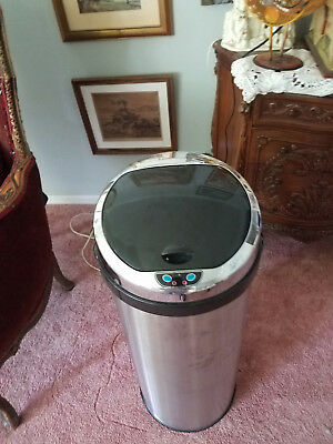 13 Gallon / 49 Liter Round Sensor Stainless Steel Itouchless Trashcan
