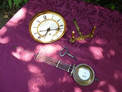 ** Good Quality Vienna Clock Movement with Bracket and Pendulum **
