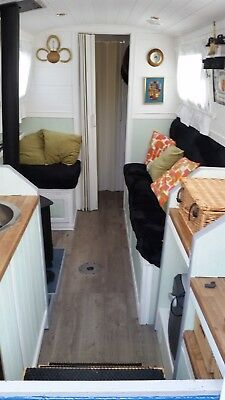 "Narrowboat ""Modern"" Canal Boat: 28ft. GRAB A BARGAIN"