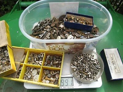Job Lot of Old Vintage Mantle & Alarm Clock Spare Winder Knobs Keys Parts