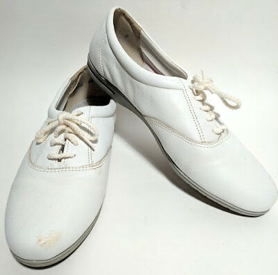 Vintage Womens Easy Spirit Tennis Shoes Size 6.5M In original Box White Used