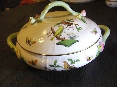 Herend Rothschild Bird Large Vegetable Pot/Tureen in New Condition, Vine Finial