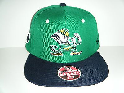 11ffbbf600e4d NOTRE DAME FIGHTING IRISH fitted cap   hat - size 7 1 8 (S   M ...