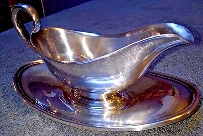 Vintage Gorhan Silver Plate Gravy Sauce Boat With Attached Under Tray Y430