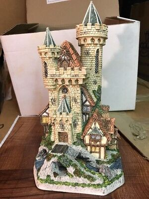 DAVID WINTER GUARDIAN CASTLE LTD EDITION 1993 MINT Boxed w/COA #3077/8490