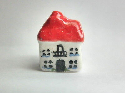 Dollhouse Miniature ceramic cottage - red roof