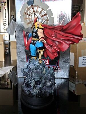 Thor Classic Action statue Limited Edition / 2750 ~ Bowen Designs