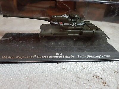 Die Cast Tank Is-2  104 Arm.regiment 7Th  Guards Armored 1945 Berlin Germany