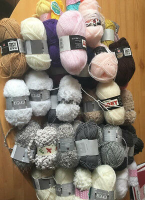 Job Lot Of 25G Wool Various Colours (Dk)