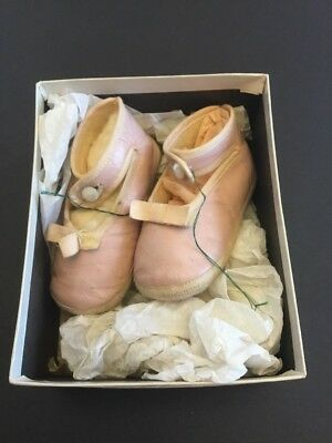 Vintage Pink Leather Baby Shoes In Original Marshall Field & Co Box