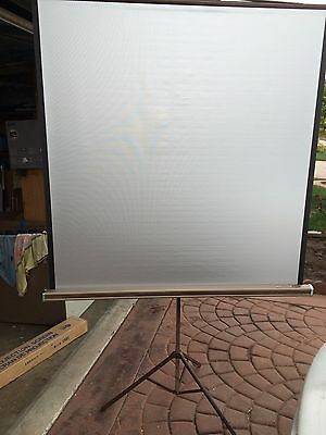 Vintage Da-Lite Silver Pacer 40 X 40 Movie And Slide Projection Screen Tripod