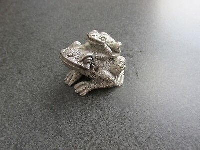 PEWTER FROG/TOAD FIGURINE Mating stance Made in ITALY