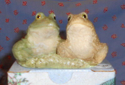 Frog and Toad Figurine from Stone Critters The Animal Collection