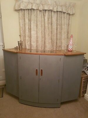 mid century turnidge cocktail bar , home bar, chic , gin drinks , party cabinet