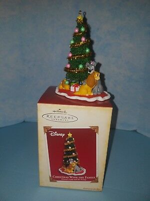Hallmark Lady and The Tramp Christmas with the Family Keepsake Ornament 2005 NEW