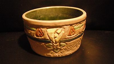 "Wonderful Roseville Arts and Crafts period ""Mostique"" Bowl Planter"