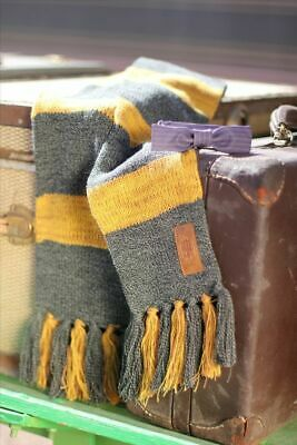FANTASTIC BEASTS & Where to Find Them : NEWT SCAMANDER SCARF from BioWorld